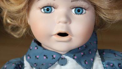 Bild von Geschichte über eine schöne Puppe